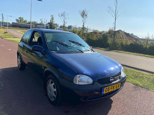 Opel Corsa 1.4i-16V Onyx