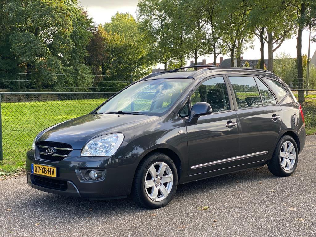 Kia Carens occasion - Stuivenberg Auto's