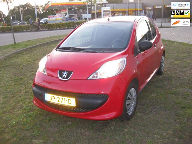 Peugeot 107 1.0-12V XR apk 7-2022 inruil mog