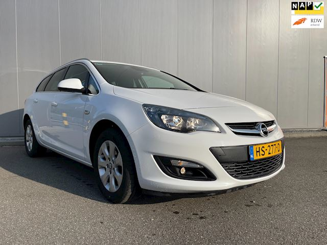 Opel Astra Sports Tourer occasion - Demus Cars