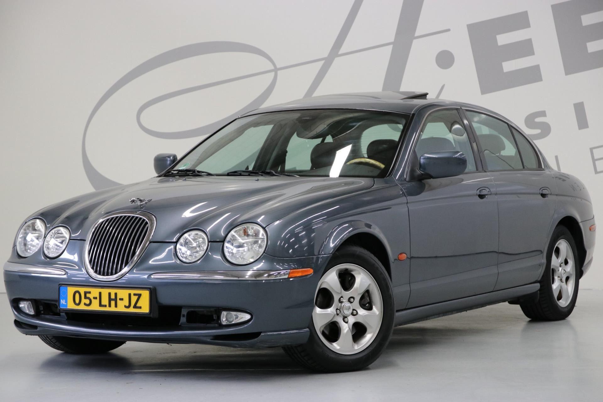 Jaguar S-type occasion - Aeen Exclusieve Automobielen