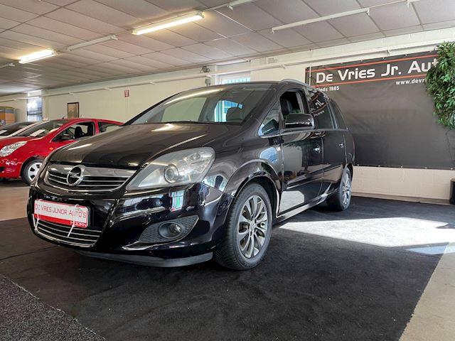 Opel Zafira 2.2 Cosmo. 7-persoons, nwe apk en goed onderhouden!