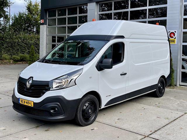 Renault Trafic 1.6 dCi T29 L2H2, 2x Standkachel