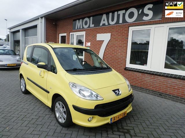 Peugeot 1007 1.4 Gentry , Airco, Lichtmetalen velgen