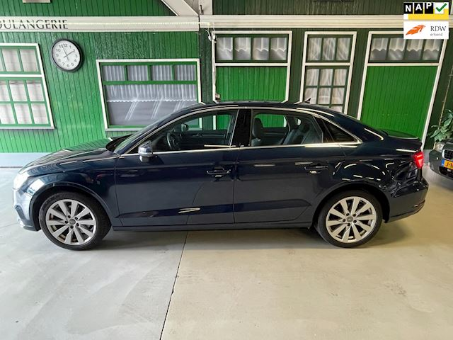 Audi A3 Limousine 1.4 TFSI CoD  Pro Line Plus Virtueel Dashboard!