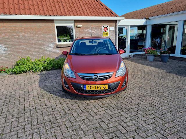 Opel Corsa 1.4-16V Edition Airco/cruise/trekhaak