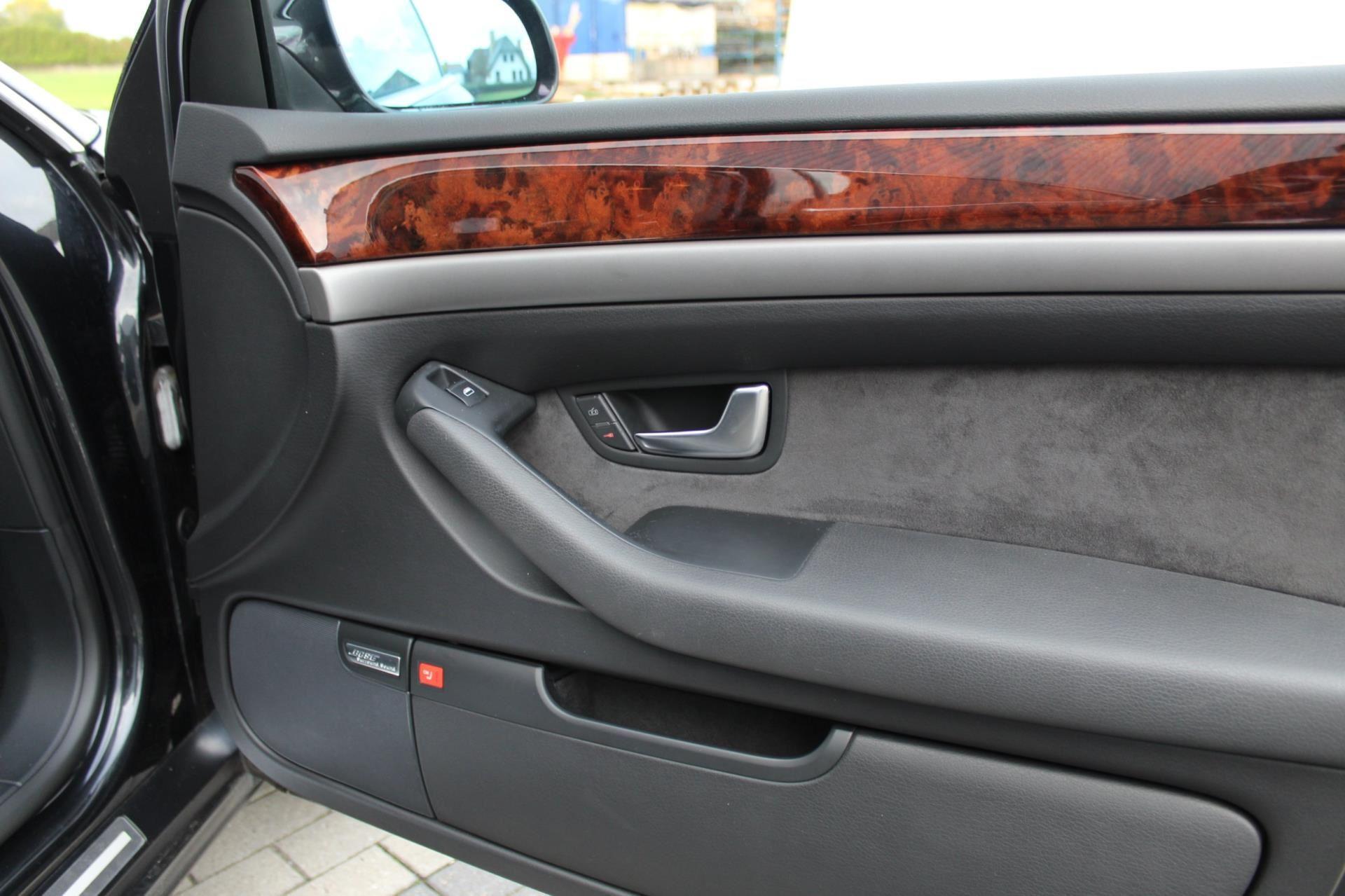 Audi A8 occasion - MvB auto's