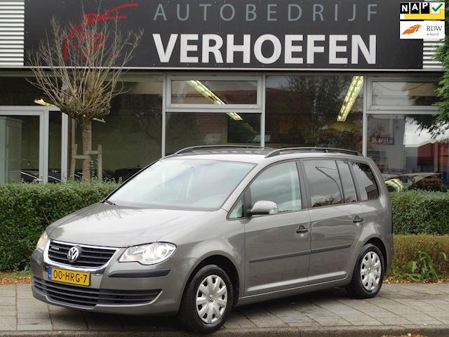 Volkswagen Touran 1.9 TDI Trendline BlueMotion - APK 08-2022 - CLIMATE CONTROL - NAVIGATIE - AIRCO - ELEKTR RAMEN / SPIEGELS