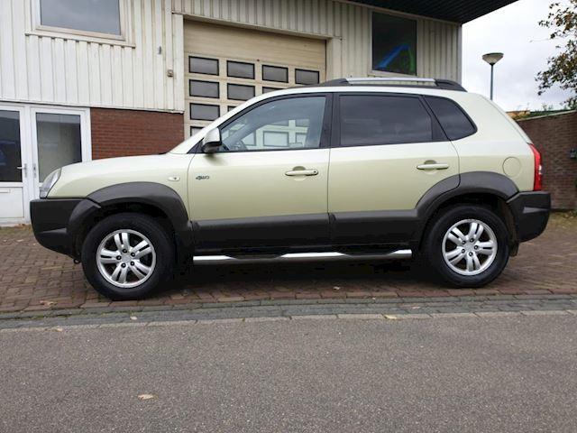 Hyundai Tucson 2.0i 4WD Style / Climate / Elek ramen