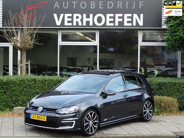 Volkswagen Golf 1.4 TSI GTE - AUTOMAAT - PANORAMA DAK - VOLLEDIG DEALER ONDERHOUDEN - CLIMATE CONTROL