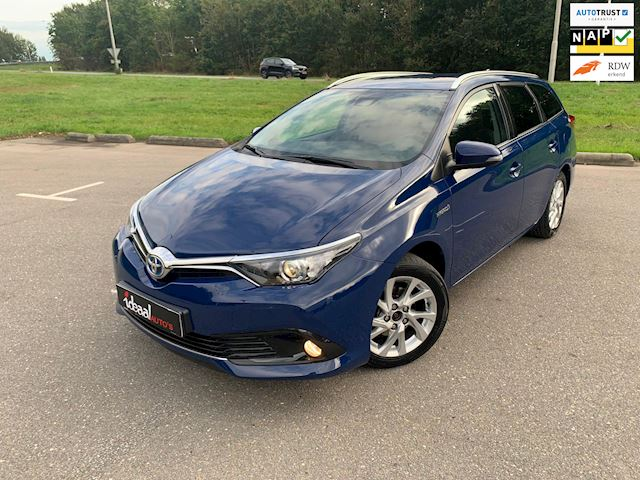 Toyota Auris Touring Sports 1.8 Hybrid Dynamic I NAVI I CRUISE I CAMERA I DEALER ONDERHOUDEN!