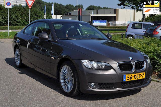 BMW 3-serie Coupé 320i High Executive/CLIMA AIRCO/LEDEREN BEKLEDING/LM-VELGEN/XENON/nieuwe APK/NAP/ZEER COMPLEET UITGEVOERD
