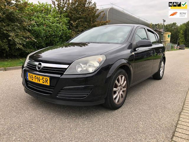 Opel Astra 1.6 Enjoy        AUTOMAAT*Navigatie*Cruise*Airco*NAP*Trekhaak*APK*