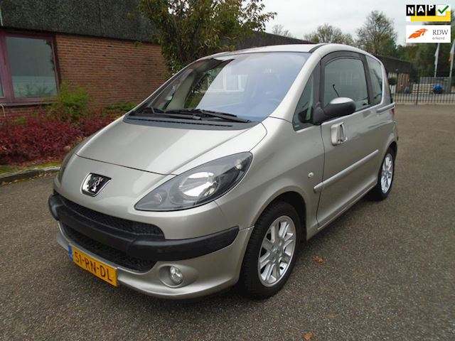 Peugeot 1007 1.6-16V Sporty airco automaat