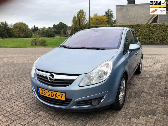 Opel Corsa 1.4-16V Cosmo / airco / apk 02-2022