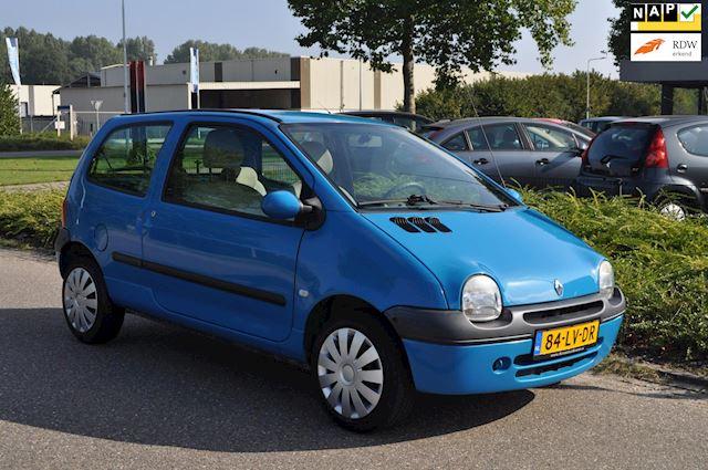 Renault Twingo 1.2 Privilège/AIRCO/STUURBEKRACHTIGING/2e EIGENAAR/nieuwe APK/105.757 km NAP/ZEER NETTE STAAT/ZUINIG IN VERBRUIK