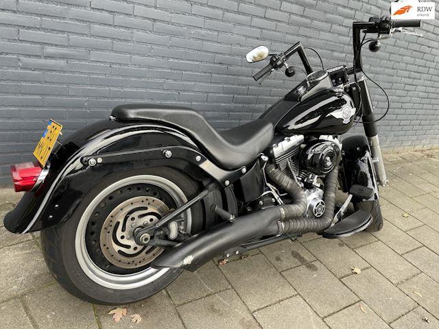 Harley Davidson Fatboy Fat Boy VanceHines 2010 103 zwart occasion - Van de Klundert Trading