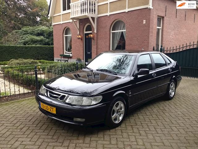 Saab 9-3 2.0t  * YOUNGTIMER *