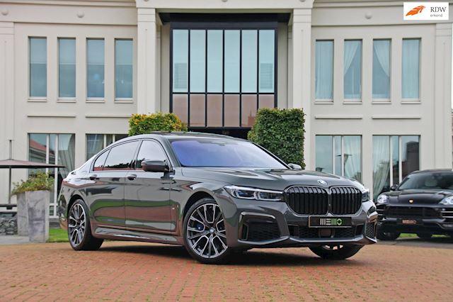 BMW 7-serie 750Ld xDrive High Executive - M Sport - Bowers & Wilkins - Panoramadak - Alcantara hemel - rijk uitgerust!!