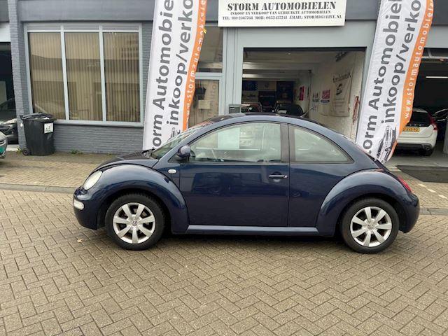 Volkswagen New Beetle 1.6 Highline met Onderhoudshistorie, Airco, NAP-rapport en een nieuwe APK!!!