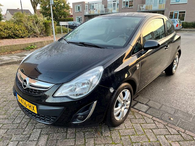 Opel Corsa 1.2-16V Edition150