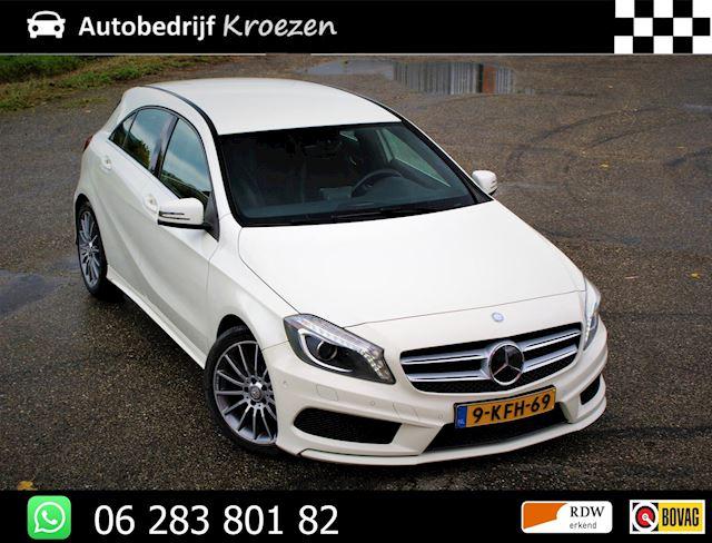 Mercedes-Benz A-klasse 180 Ambition ///AMG Pakket * Org NL Auto * Navigatie *