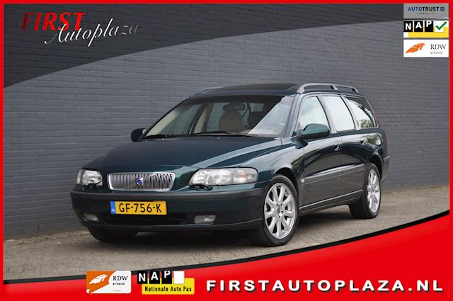 Volvo V70 2.4 T AWD Comfort Line 7-PERS. LPG-G3 AUTOMAAT/AIRCO/LEDER/OPEN-DAK/CRUISE   NETTE YOUNGTIMER !