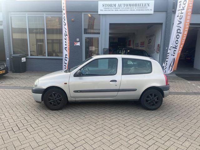 Renault Clio 1.4 RN Automaat met NAP en een ruime APK!!!